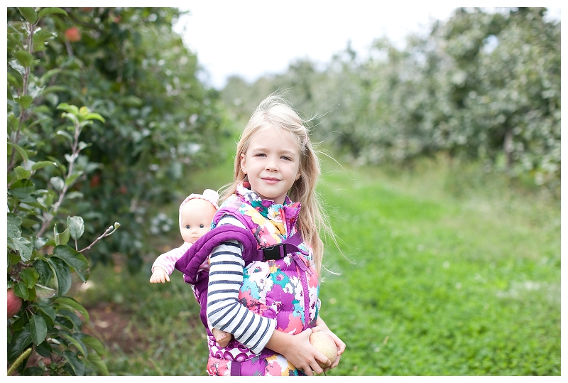 apple picking_972